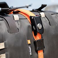 Kriega Steelcore, security straps